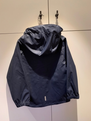 Tretorn raincoat navy logo