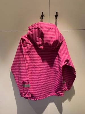 Bergstein raincoat fuchsia logo