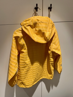 Raincoat Tretorn yellow logo